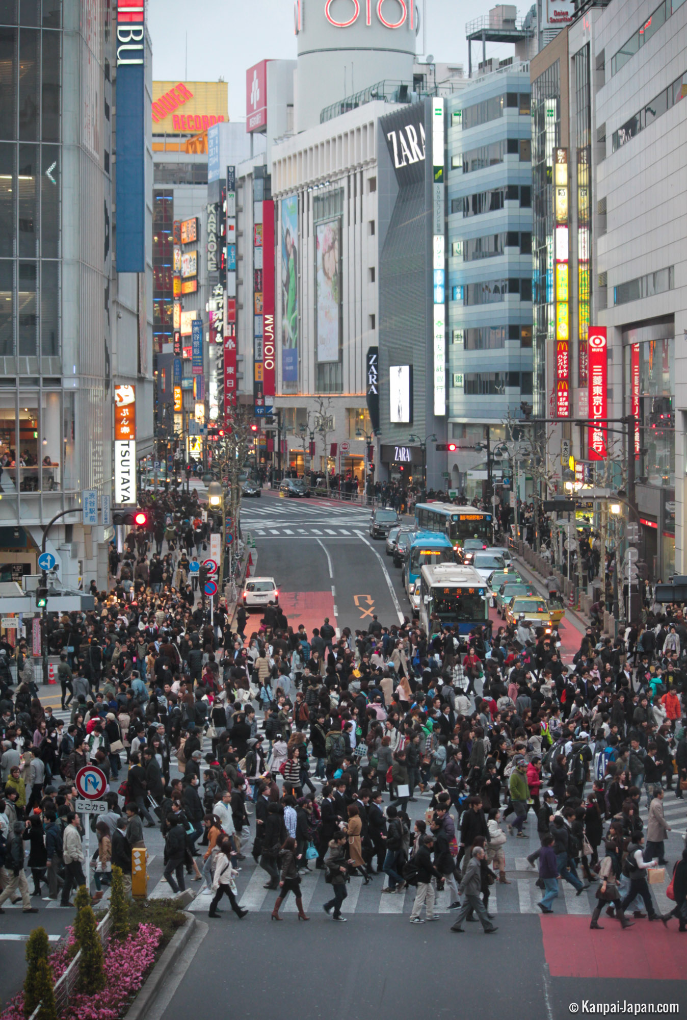 Shibuya Crossing - The biggest scramble in the world