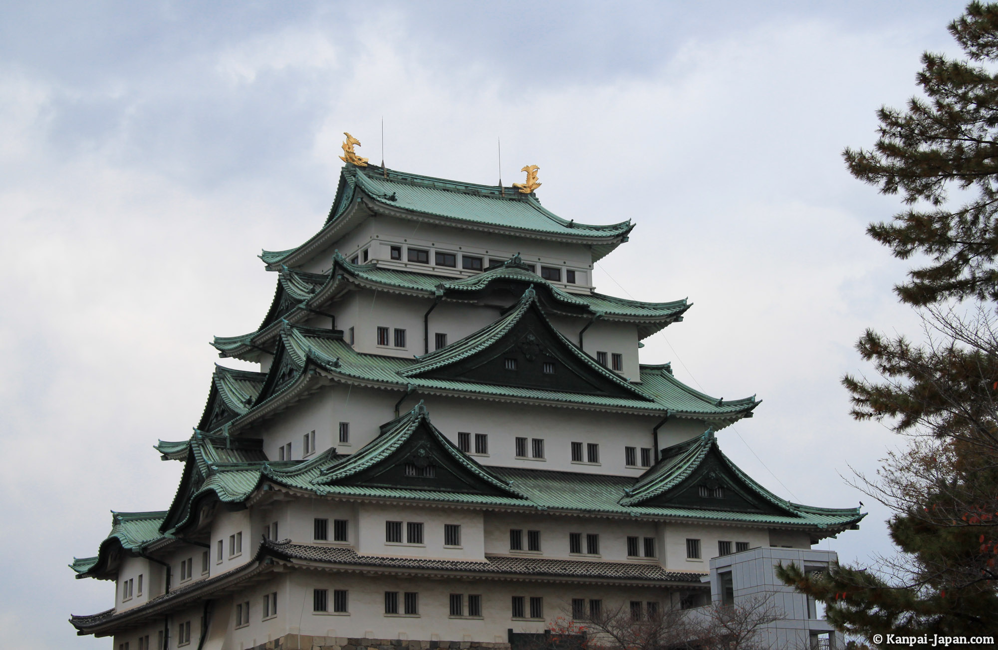 Nagoya Castle - The symbol of the city and its beautiful gardens